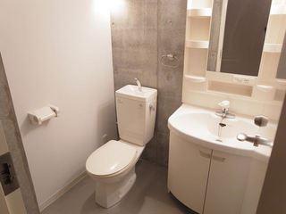 ウエストビレッジ301号室トイレ.JPG