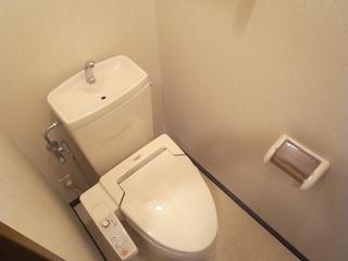スペーシア駒沢103トイレ.JPG