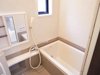 マーハイム101号室バスルーム.JPG