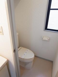 SGハイム101号室トイレ.JPG